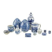 ASSEMBLED GROUP OF BLUE AND WHITE PORCELAIN 19TH/20TH CENTURY largest 30.5cm high