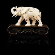 <sup>Y</sup> SHIBAYAMA-INLAID IVORY MODEL OF AN ELEPHANT MEIJI PERIOD 10.5cm long