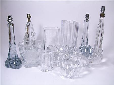 GROUP OF GLASS WARES, CIRCA 1950