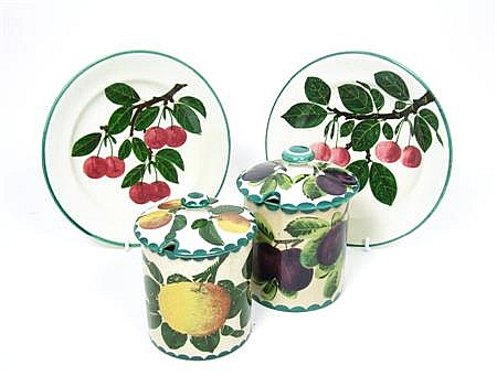 WEMYSS WARE 'PURPLE PLUMS' AN 'ORANGES' PRESERVE JARS AND COVERS, EARLY 20TH CENTURY