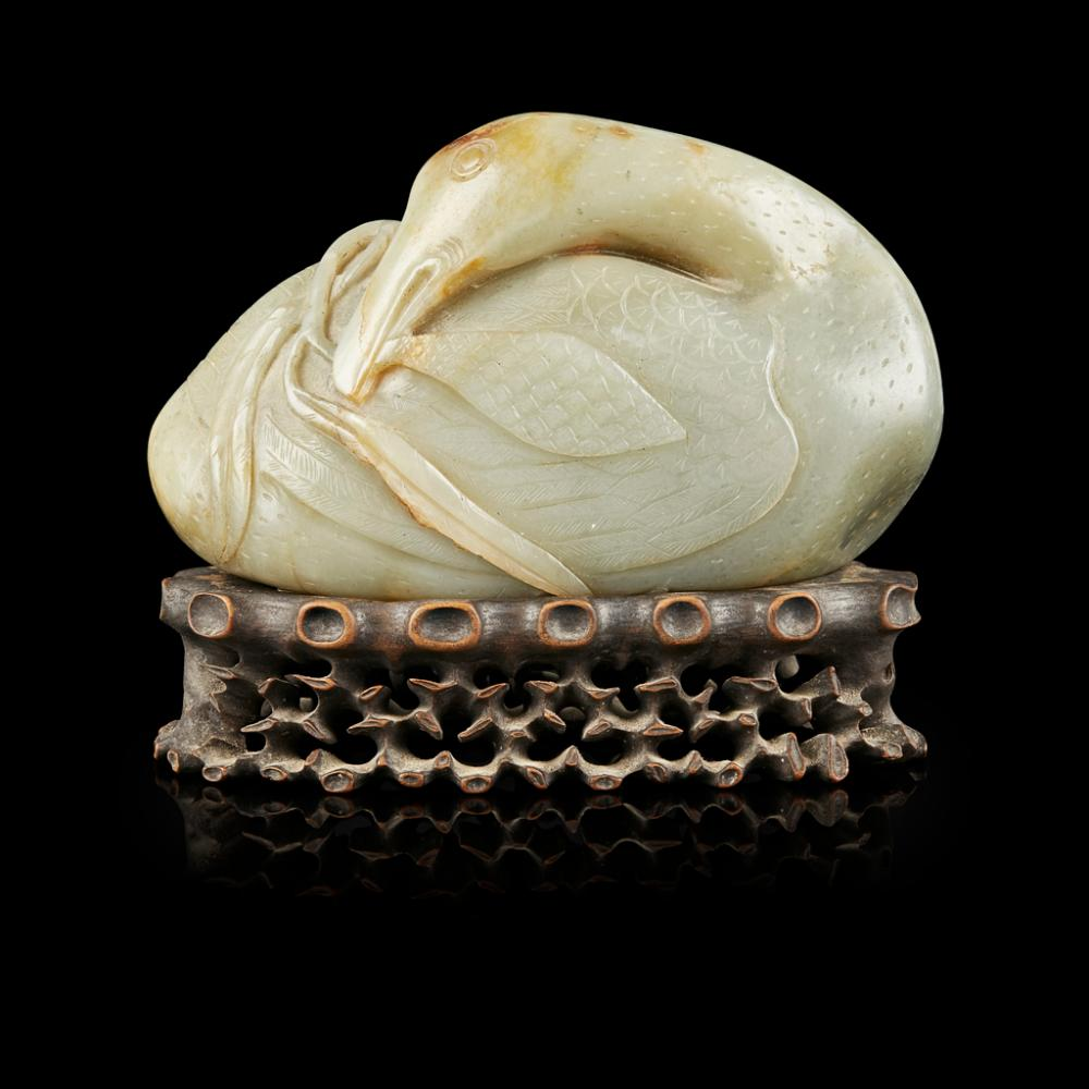 LARGE CELADON JADE MODEL OF A GOOSE QING DYNASTY, 18TH/19TH CENTURY 16.3cm wide