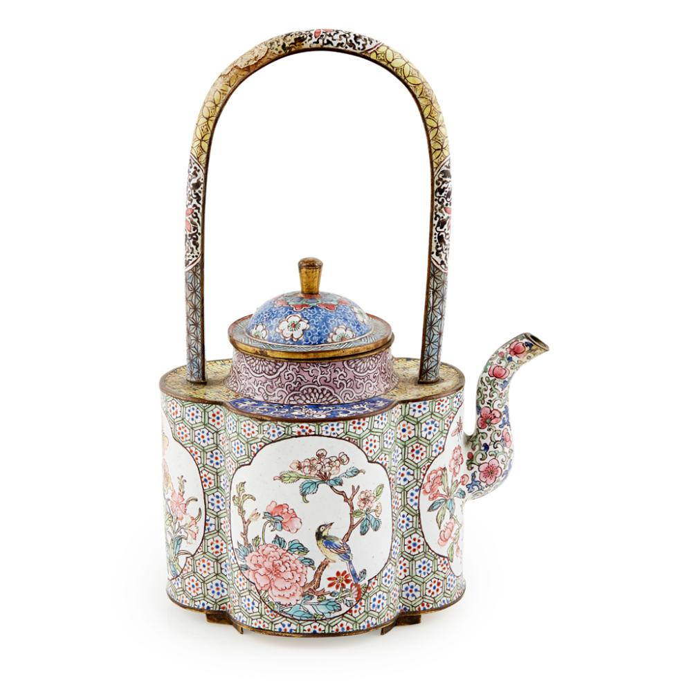 CANTON ENAMEL TEAPOT AND COVER QING DYNASTY, 18TH CENTURY 19.5cm high