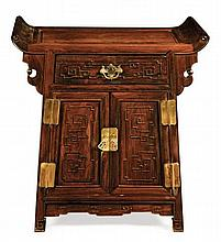 A HONGMU COFFER TABLE LATE QING DYNASTY 76cm wide, 81cm high, 38cm deep