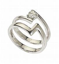 A single stone diamond ring Ring size: M
