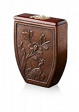 CARVED WOOD TOBACCO BOX 19TH CENTURY 8cm wide