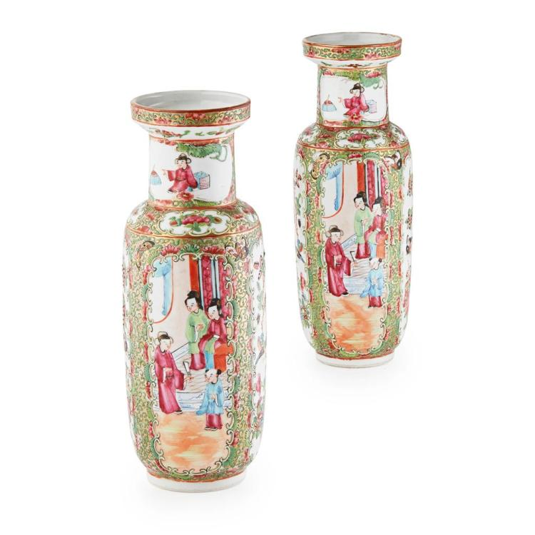 PAIR OF CANTON FAMILLE ROSE ROULEAU VASES LATE QING DYNASTY, LATE 19TH CENTURY 25cm high