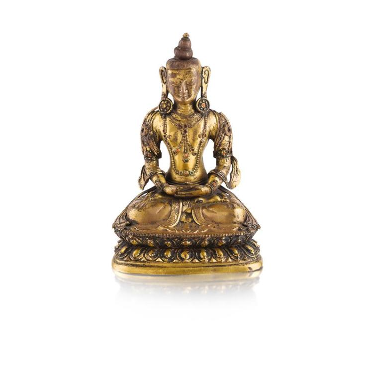 GILT BRONZE FIGURE OF AMITAYUS QING DYNASTY, 18TH CENTURY 16.5cm high
