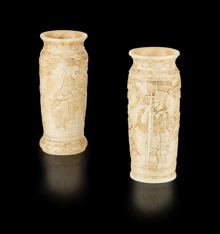 NEAR PAIR OF CARVED BONE VASES MEIJI PERIOD 9.3cm high