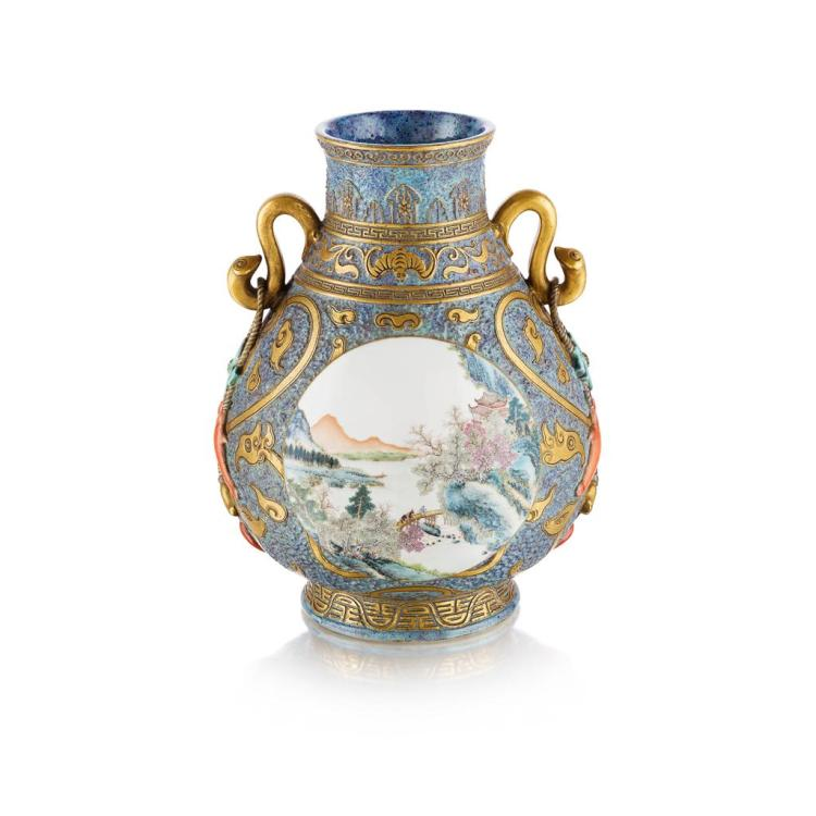 FINE FAMILLE ROSE GILT-DECORATED FLAMBÉ-GROUND VASE, HU QIANLONG MARK BUT REPUBLIC PERIOD 30cm high