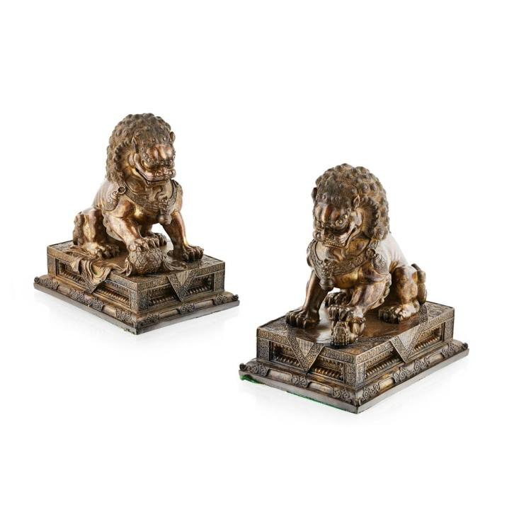 PAIR OF IMPRESSIVE BRONZE BUDDHIST LIONS QING DYNASTY, 19TH CENTURY 24.5cm high