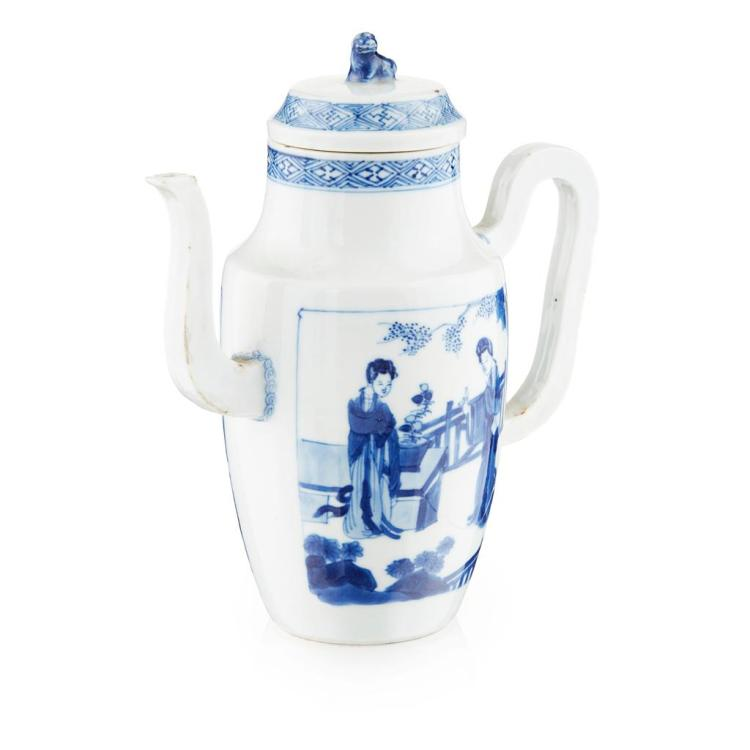 BLUE AND WHITE EWER AND COVER KANGXI PERIOD 18cm high