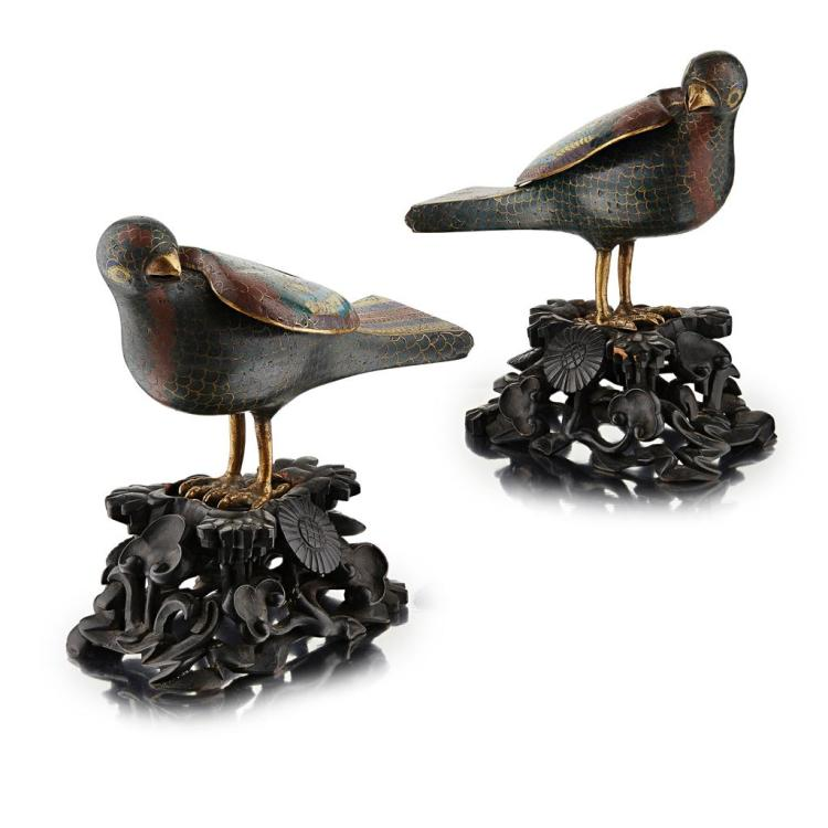 PAIR OF CLOISONNÉ ENAMEL QUAIL CENSERS QING DYNASTY, 18TH/19TH CENTURY 13.5cm high (excluding stand)
