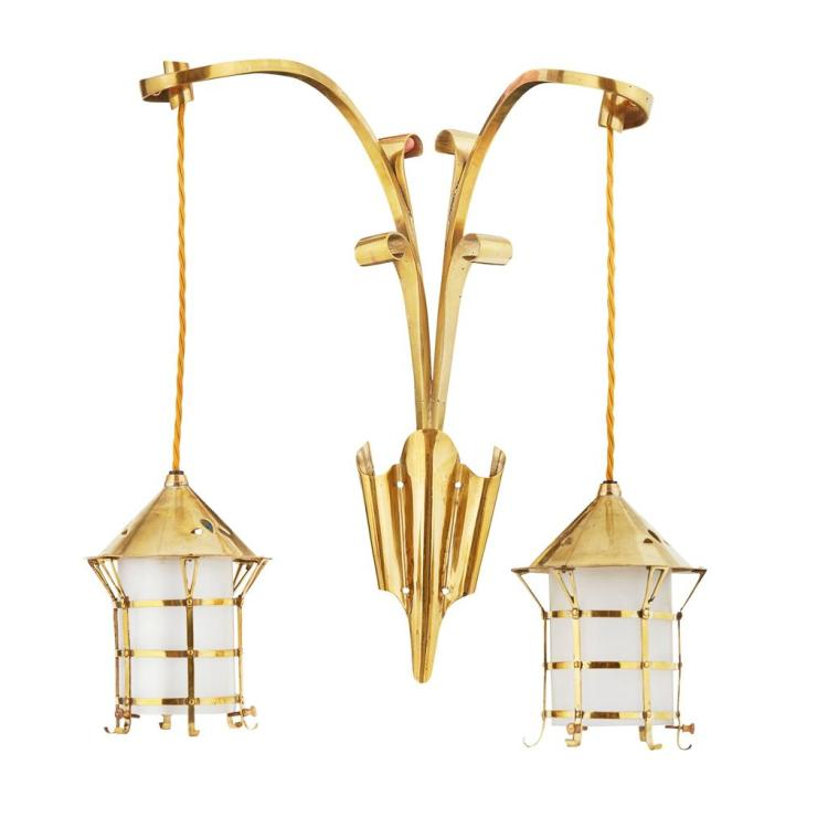 ARTS & CRAFTS BRASS WALL LIGHT, CIRCA 1900 36cm wide, 47cm high