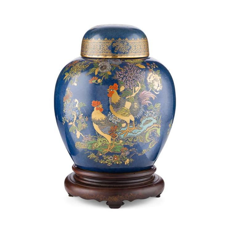 WILTSHAW & ROBINSON LTD. LARGE CARLTON WARE ''COCK AND PEONY'' GINGER JAR & COVER, CIRCA 1925 25cm high