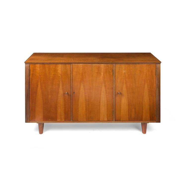 H. MORRIS & CO., GLASGOW WALNUT SIDEBOARD, 1960S 152.5cm wide, 84cm high, 46.5cm deep