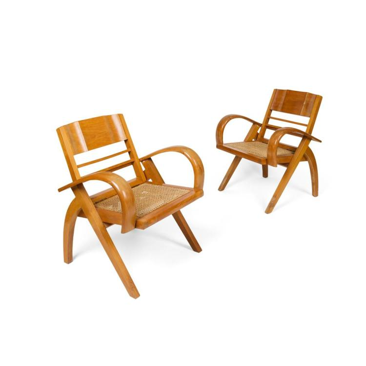 MID-CENTURY PAIR OF FOLDING HARDWOOD EASY CHAIRS, MID 20TH CENTURY 65cm wide, 78cm high, 42cm deep