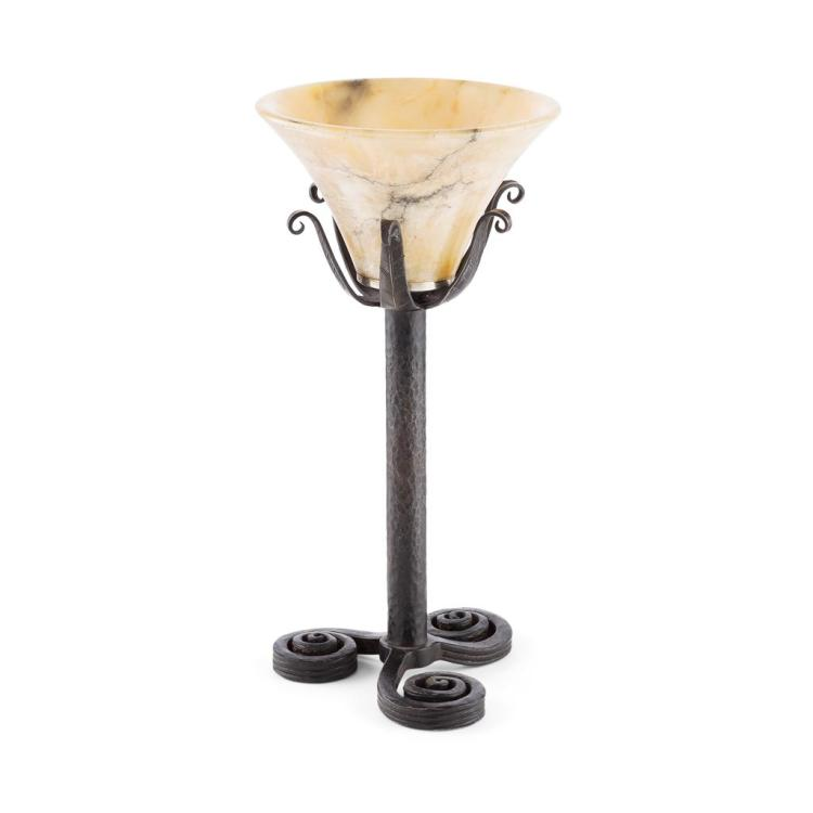 EDGAR BRANDT (1880-1960) WROUGHT IRON AND ALABASTER TABLE LAMP, CIRCA 1925 30cm high