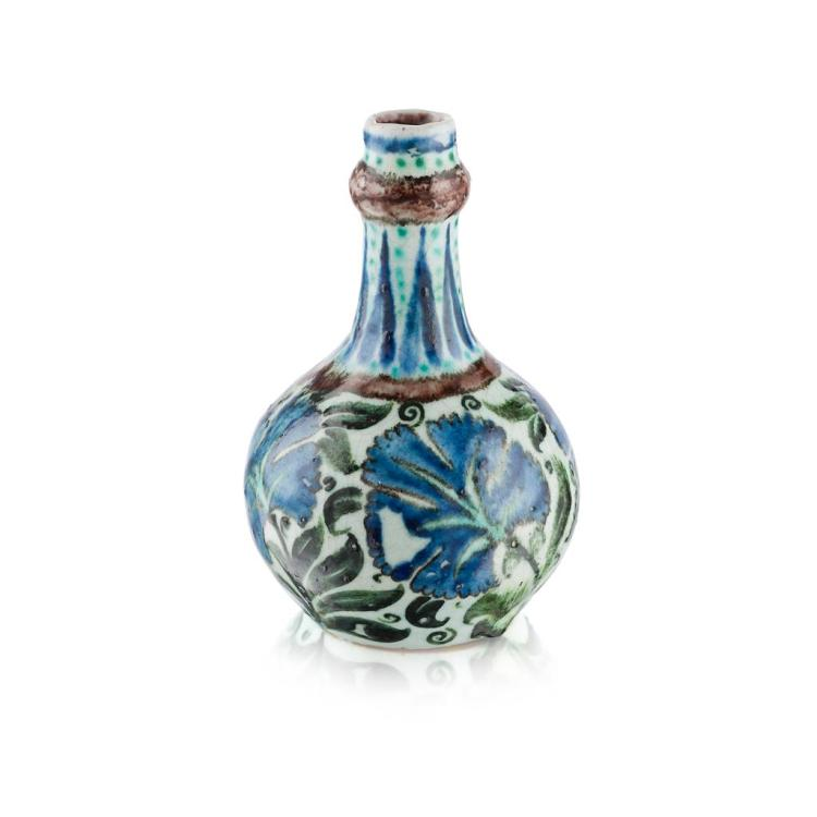 WILLIAM DE MORGAN (1839-1917) PERSIAN DESIGN BOTTLE VASE, LATE 19TH CENTURY 18cm high