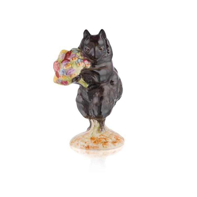BESWICK POTTERY 'DUCHESS (WITH FLOWERS)', RARE BEATRIX POTTER FIGURE, 1955-1972 9.7cm high