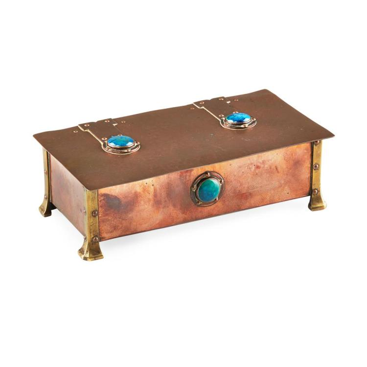 A. E. JONES ARTS & CRAFTS COPPER AND BRASS MOUNTED BOX, CIRCA 1900 20cm x 6cm x 9.5cm