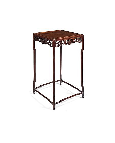 CHINESE HARDWOOD STAND LATE QING DYNASTY 50cm wide, 91cm high