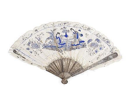 CHINESE SILVER FILIGREE AND PAINTED FEATHER FAN PROBABLY CANTON, CIRCA 1900 36cm wide