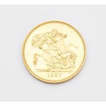 G.B. - A mint not proof £5 coin