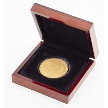 TRISTAN DA CUNHA - A scarce proof gold John Paul II Canonisation commemorative £100 gold coin Diameter: 38.6mm, weight: 1oz