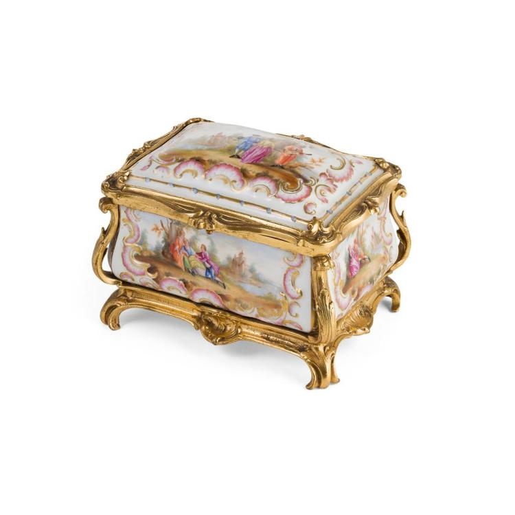 CARL THIEME PORCELAIN AND GILT BRONZE JEWELLERY CASKET 19TH CENTURY 15cm wide, 11cm high, 11cm deep