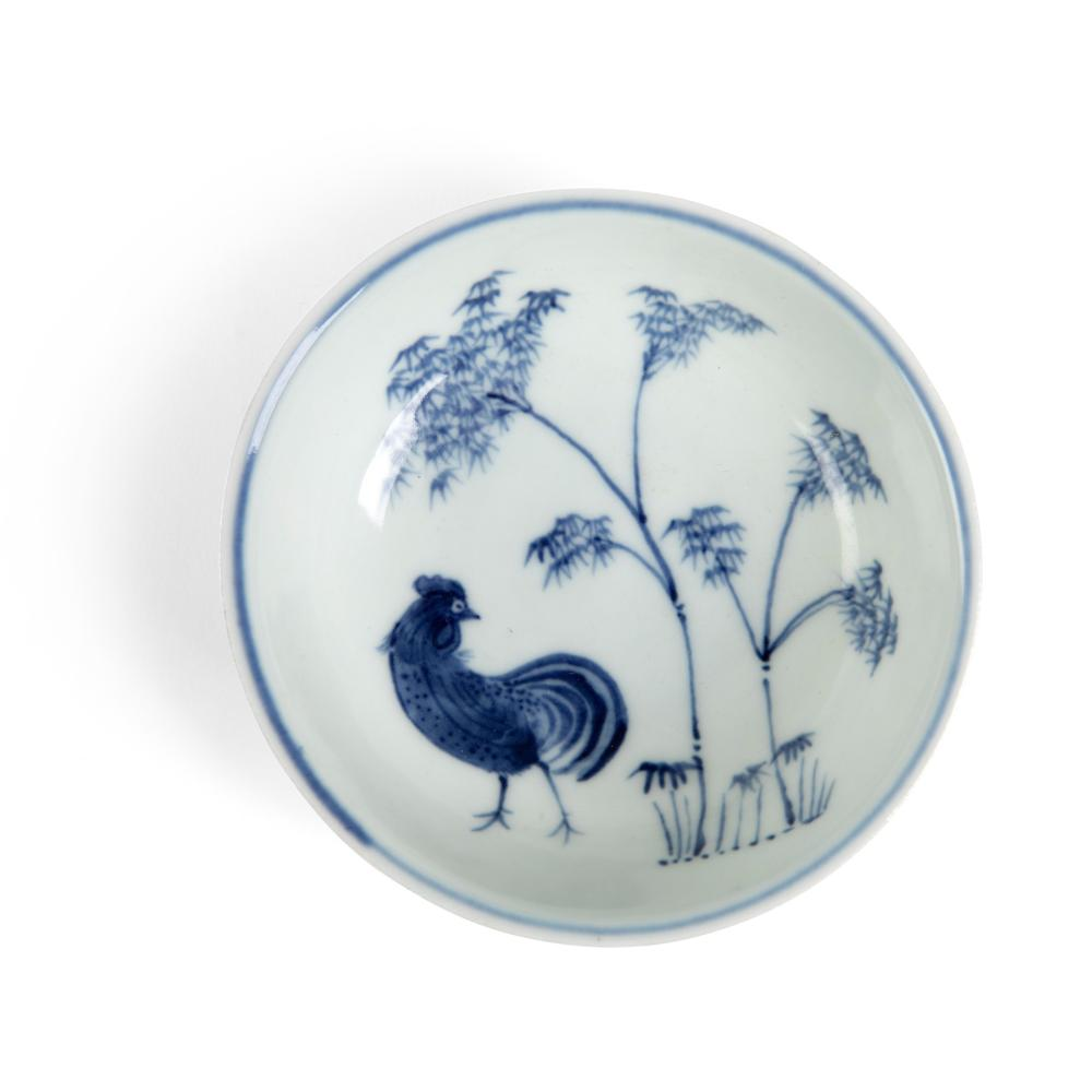 BLUE AND WHITE 'ROOSTER AND BAMBOO' BOWL QING DYNASTY, KANGXI PERIOD