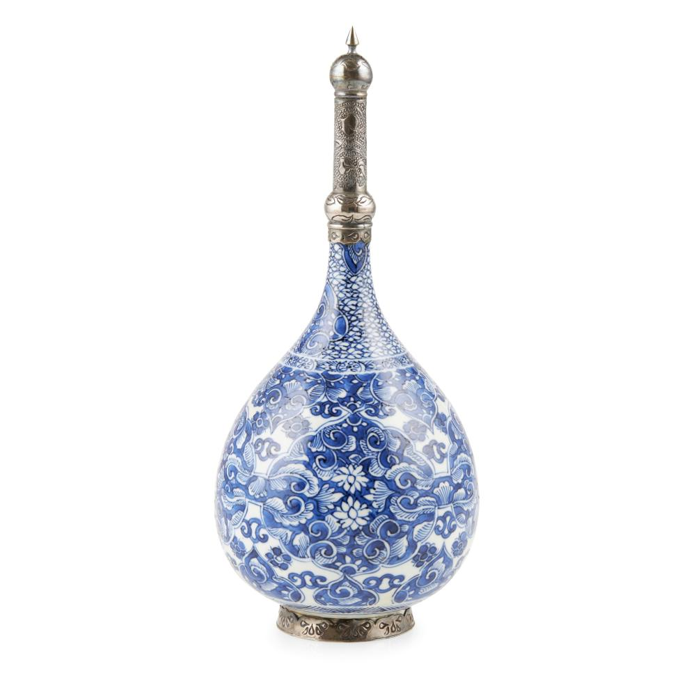 BLUE AND WHITE SILVER-MOUNTED ROSEWATER SPRINKLER QING DYNASTY, KANGXI PERIOD