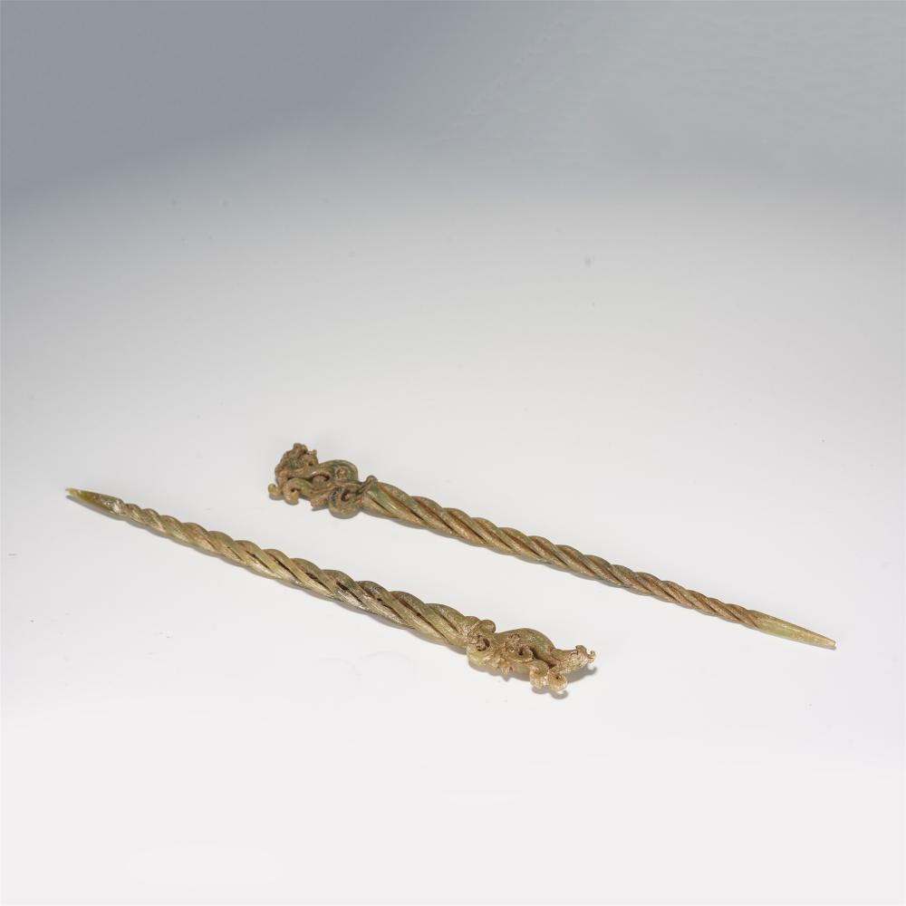 PAIR OF CHINESE ARCHAISTIC STYLE JADE HAIR PINS