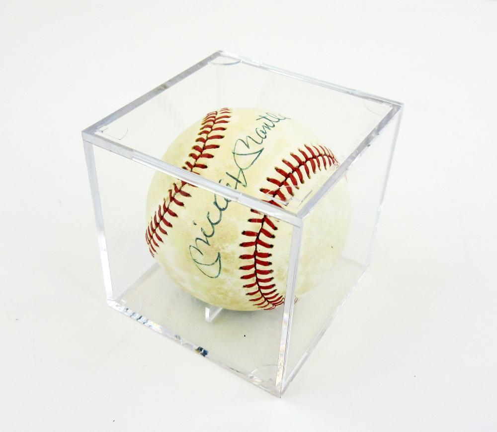 Mickey Mantle Signed Baseball, PSA/DNA Grade 6