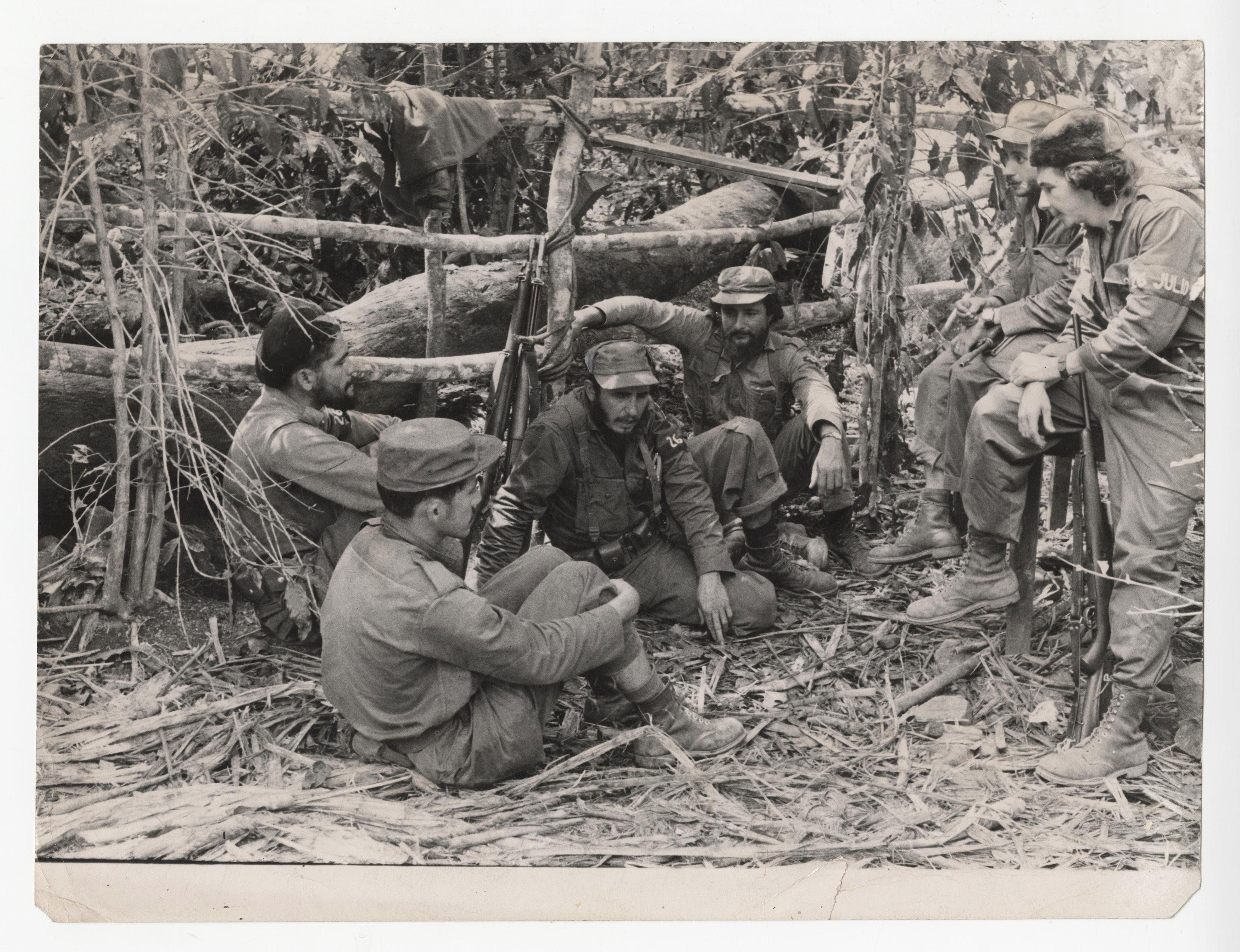 Fidel Castro & Soldiers, Superb Original Official Photo