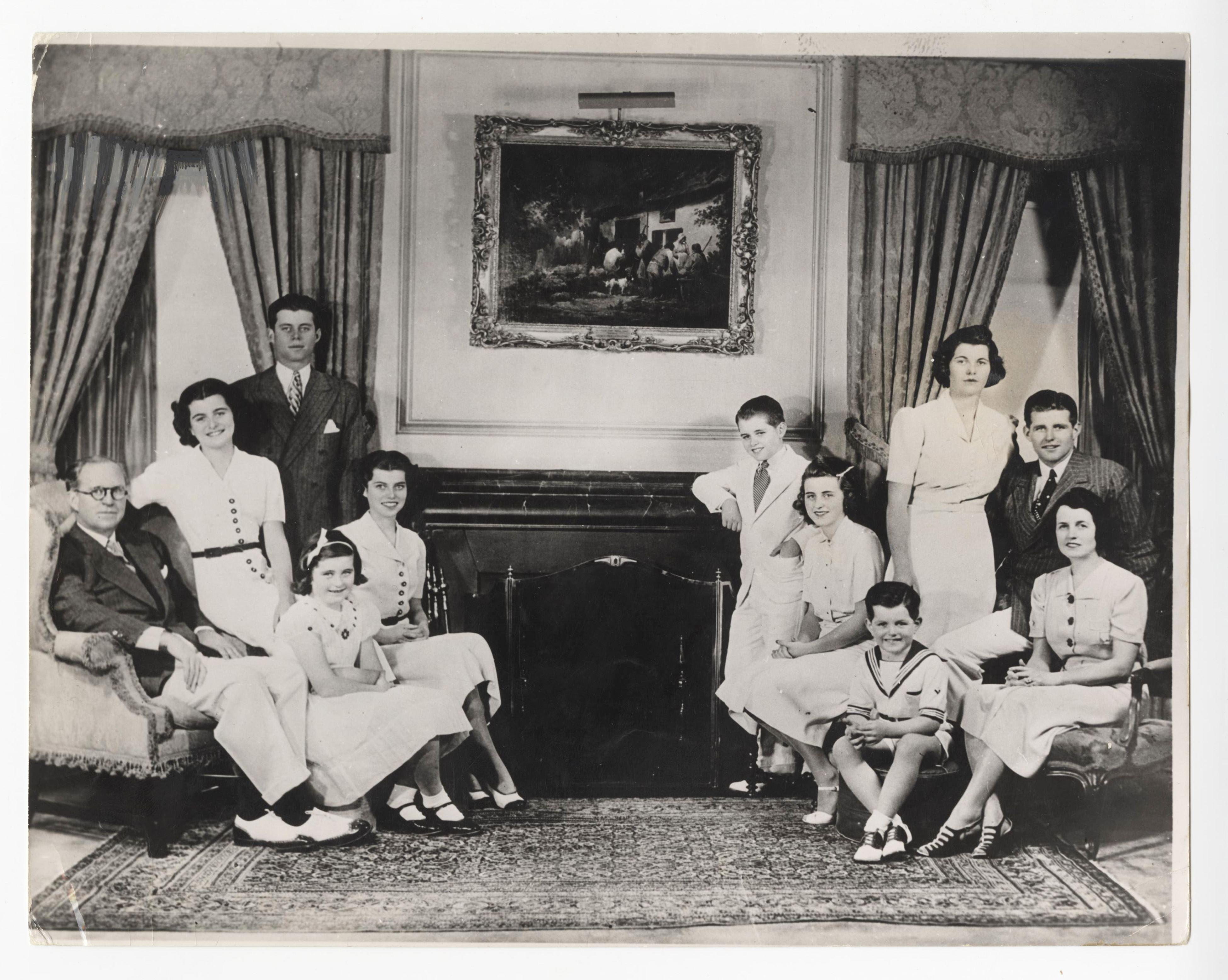 Fabulous Vintage Photo of the Kennedy Family