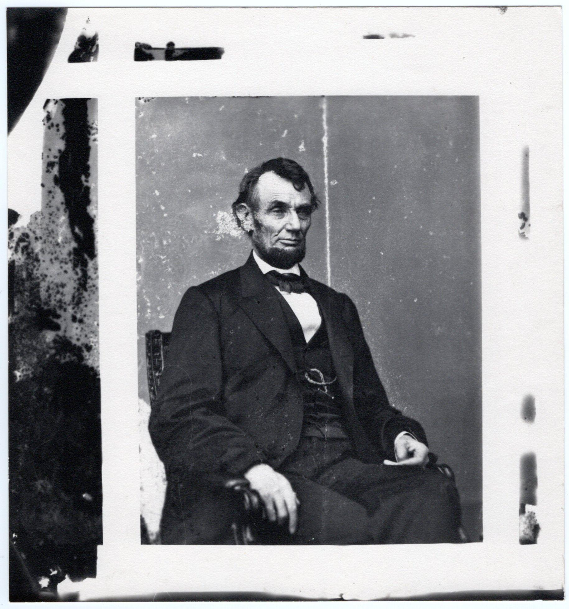 Wonderful Wartime Photograph of Abraham Lincoln
