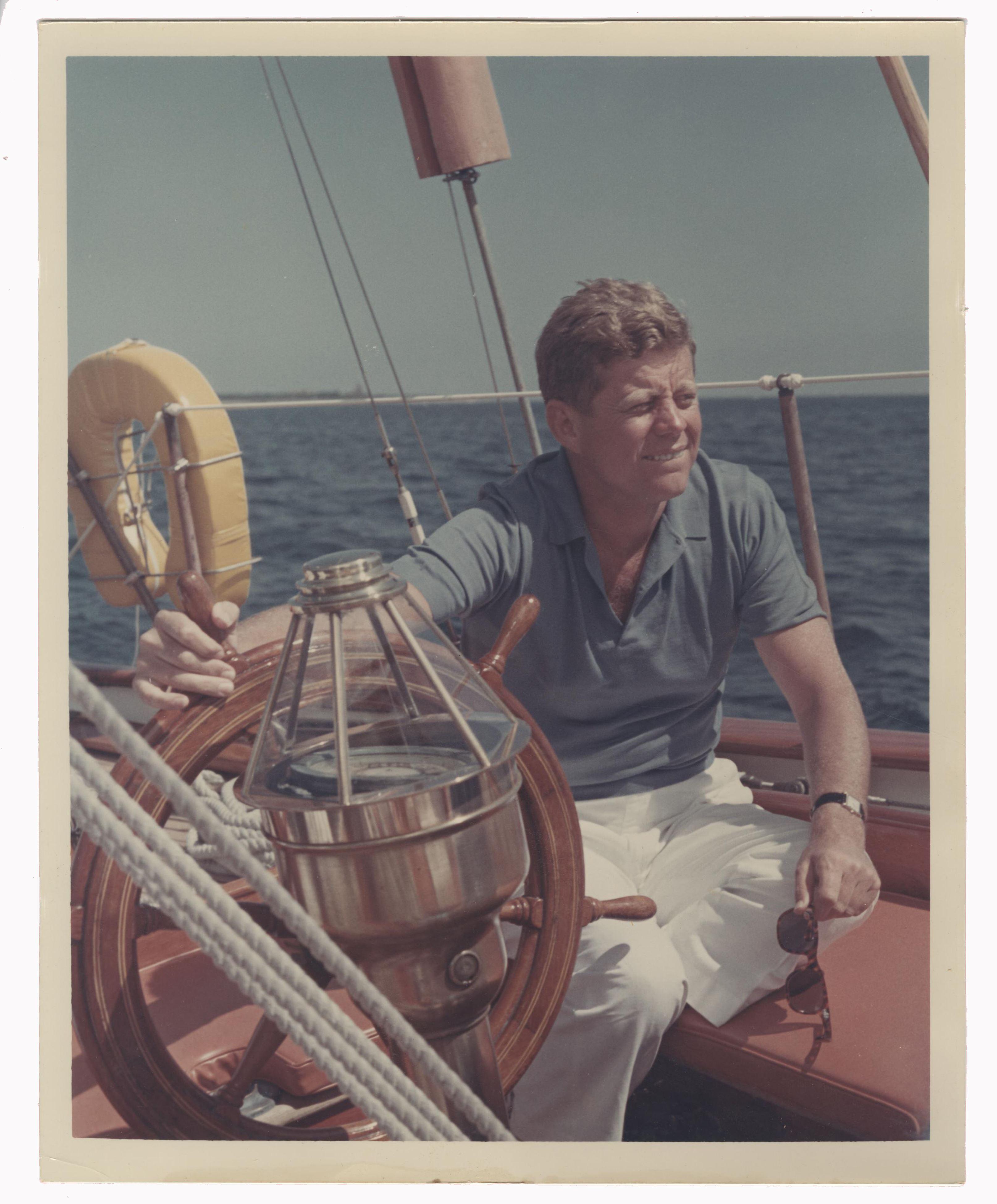 "John F. Kennedy Superb Vintage 8"" x 10"" Photo"