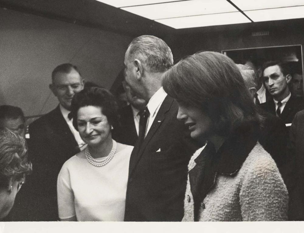 """JFK Assassination! The """"Wink"""": The Most Famous Image Taken Aboard Air Force 1, Possibly Alluding to Massive Conspiracy?"""