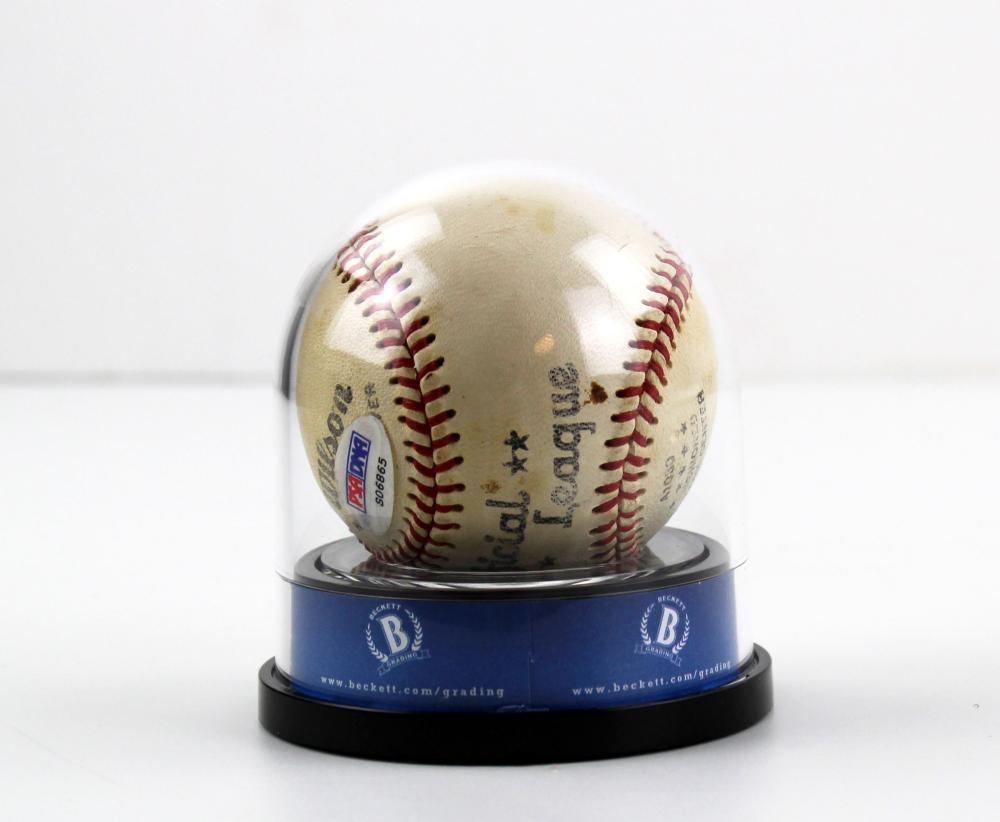 Mickey Mantle Signed Vintage Baseball
