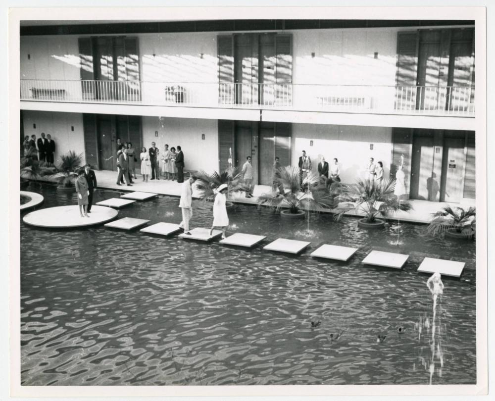 Jackie Kennedy Walks on Water at New Delhi, India, Vintage Photo from Cecil Stoughton's Personal Collection