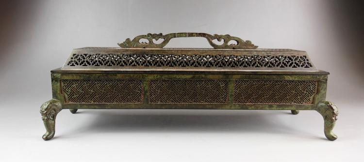 A Chinese Ming dynasty bronze censer