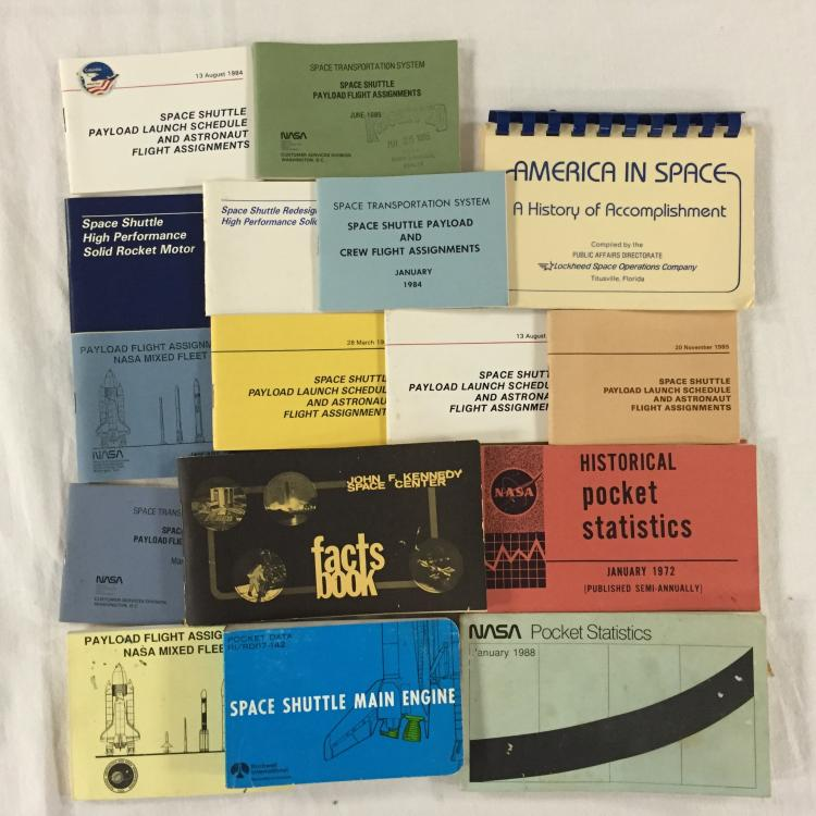 Fifteen small NASA booklets from the Apollo to Shuttle eras