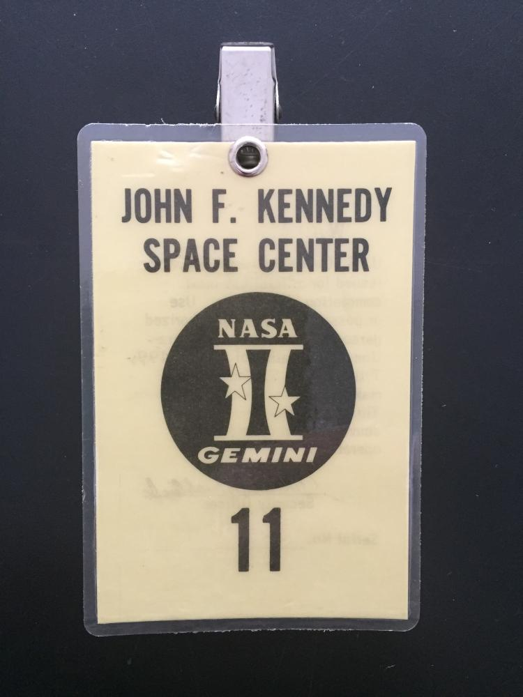 Gemini GT-11 launch badge