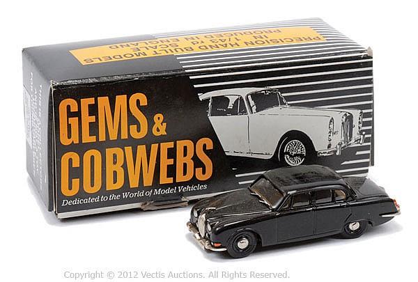 Gems & Cobwebs GC8 OB Jaguar S type Area Car