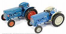 PAIR inc Britains Farm Range, No.9525 Fordson