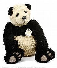 Beatrix Bears Yeiki, blond and black mohair