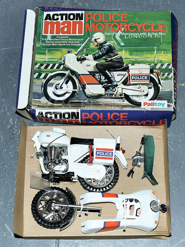 palitoy action man vintage police motorcycle. Black Bedroom Furniture Sets. Home Design Ideas