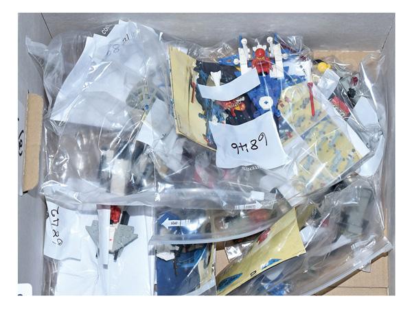GRP inc Lego Space, loose vintage sets