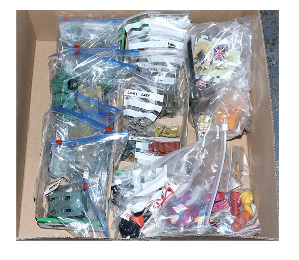 QTY inc Quantity of Hong Kong Plastic toy