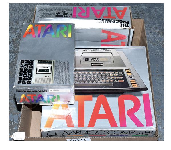 QTY inc Atari 400 Computer, with original box